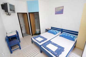 Novi Vinodolski, Bedroom in the room, dostupna klima i WIFI.