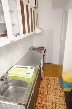 Novi Vinodolski, Kitchen in the apartment, dopusteni kucni ljubimci.