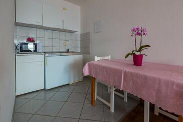 Dramalj, Kuchyně v ubytování typu studio-apartment, WiFi.