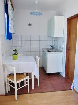 Crikvenica, Ebédlő szállásegység típusa studio-apartment, WiFi .