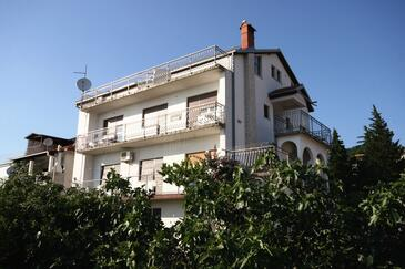 Crikvenica, Crikvenica, Obiekt 5555 - Apartamenty ze żwirową plażą.