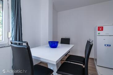 Klenovica, Столовая в размещении типа apartment, WiFi.