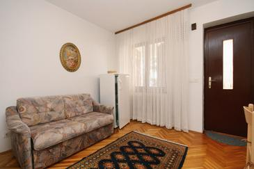 Selce, Living room in the apartment, dopusteni kucni ljubimci i WIFI.