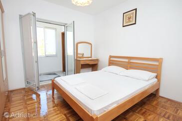 Senj, Ložnice v ubytování typu room, s klimatizací a WiFi.