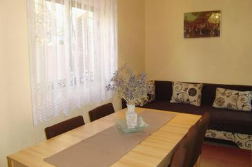 Senj, Dining room 1 in the house, (pet friendly) and WiFi.