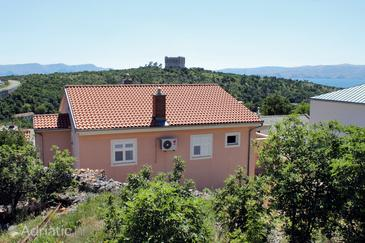 Senj, Senj, Property 5569 - Apartments and Rooms with pebble beach.