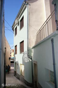 Selce, Crikvenica, Property 5573 - Apartments by the sea.