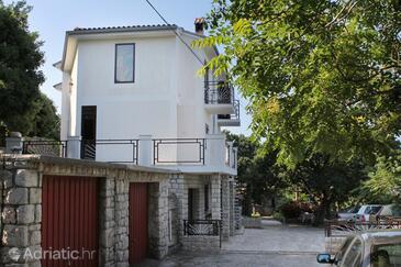 Klenovica, Novi Vinodolski, Property 5580 - Apartments near sea with pebble beach.