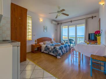 Crikvenica, Wohnzimmer in folgender Unterkunftsart apartment, Klimaanlage vorhanden und WiFi.