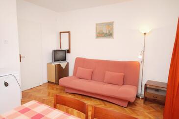 Novi Vinodolski, Pokój dzienny w zakwaterowaniu typu apartment, dostupna klima i WIFI.