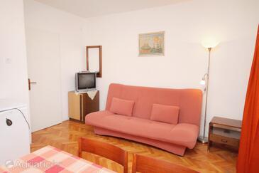 Novi Vinodolski, Гостиная в размещении типа apartment, доступный кондиционер и WiFi.