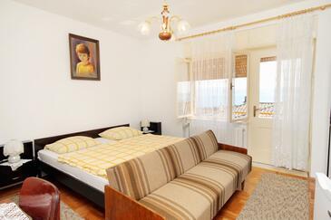 Novi Vinodolski, Sypialnia w zakwaterowaniu typu room, WIFI.