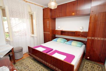 Novi Vinodolski, Bedroom in the room, WIFI.