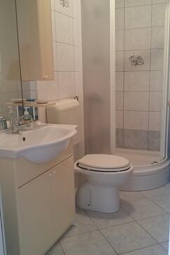 Bathroom    - A-559-b