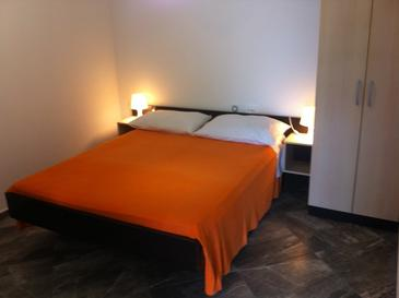 Bedroom    - AS-559-a