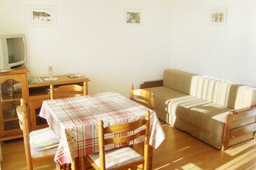 Novi Vinodolski, Obývacia izba v ubytovacej jednotke apartment, dostupna klima i WIFI.
