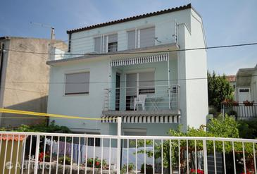 Novi Vinodolski, Novi Vinodolski, Property 5599 - Apartments by the sea.