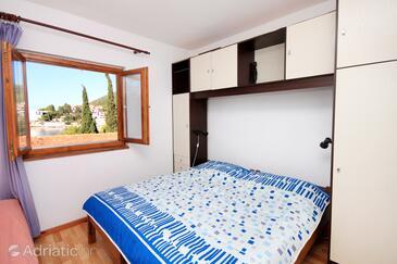 Bedroom    - A-560-a