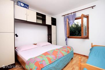 Bedroom 2   - A-560-a