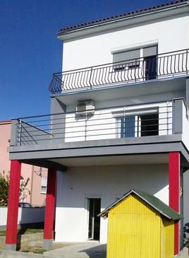 Senj, Senj, Property 5602 - Apartments with pebble beach.