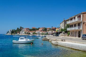 Brna, Korčula, Objekt 561 - Ubytování v blízkosti moře s písčitou pláží.