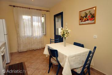 Supetar, Dining room in the apartment, WIFI.