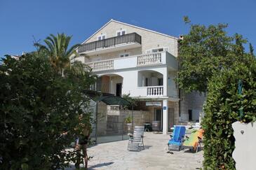 Bol, Brač, Property 5632 - Apartments near sea with pebble beach.