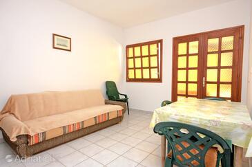 Puntinak, Dining room in the apartment, dopusteni kucni ljubimci.