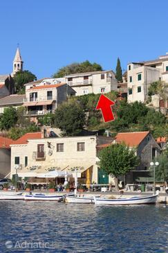 Povlja, Brač, Objekt 5644 - Ubytování v blízkosti moře s oblázkovou pláží.