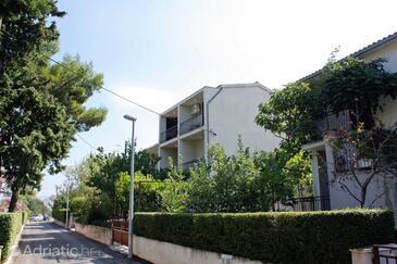 Supetar, Brač, Объект 5653 - Апартаменты с песчаным пляжем.