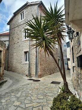 Supetar, Brač, Property 5656 - Apartments near sea with pebble beach.