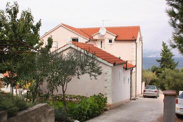 Splitska, Brač, Obiekt 5664 - Apartamenty przy morzu.