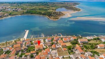 Nin, Zadar, Объект 5666 - Апартаменты вблизи моря с песчаным пляжем.