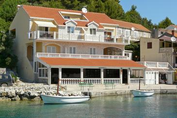 Gršćica, Korčula, Property 567 - Apartments by the sea.