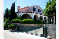 Family friendly house with a swimming pool Škrip (Brač) - 5673