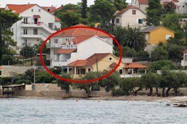 Sutivan, Brač, Obiekt 5675 - Apartamenty przy morzu ze żwirową plażą.