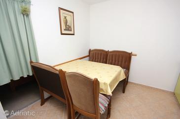 Sućuraj, Dining room in the apartment.