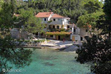 Uvala Lozna, Hvar, Property 5685 - Apartments and Rooms near sea with pebble beach.