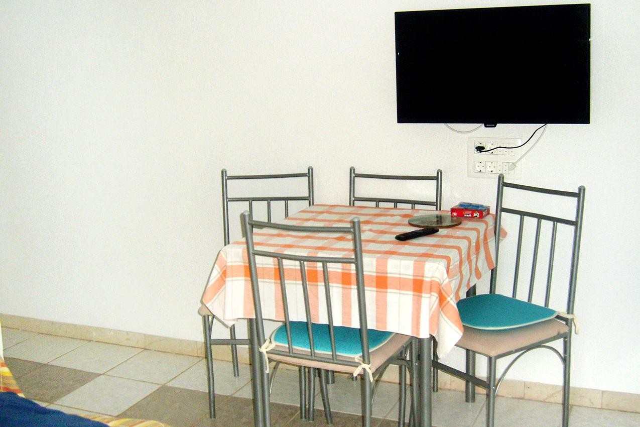 Ferienwohnung im Ort Mudri Dolac (Hvar), Kapazität 2+2 (1011575), Vrbanj, Insel Hvar, Dalmatien, Kroatien, Bild 3