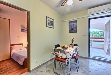 Basina, Jedilnica v nastanitvi vrste apartment, Hišni ljubljenčki dovoljeni in WiFi.