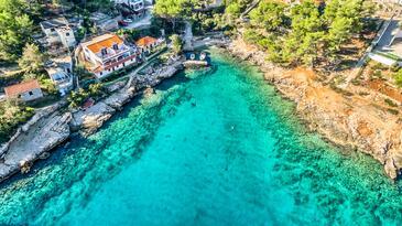Basina, Hvar, Объект 5699 - Апартаменты вблизи моря с галечным пляжем.