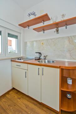 Hvar, Cuisine dans l'hébergement en type studio-apartment, WiFi.