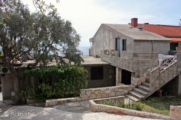 Bojanić Bad, Hvar, Property 5707 - Apartments near sea with pebble beach.