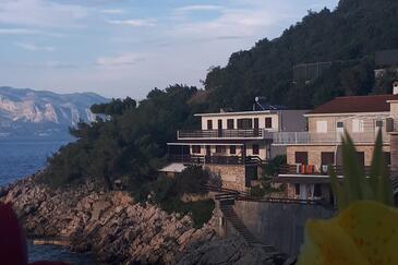 Pobij, Hvar, Property 5712 - Apartments by the sea.