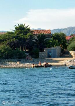 Sućuraj, Hvar, Property 5714 - Apartments near sea with rocky beach.