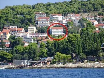 Hvar, Hvar, Объект 5719 - Апартаменты с галечным пляжем.