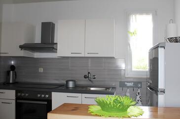 Kitchen    - A-572-a