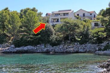 Jelsa, Hvar, Property 5723 - Apartments near sea with pebble beach.