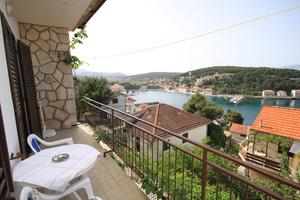 Apartments with a parking space Jelsa (Hvar) - 5728