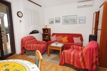 Kožino, Obývací pokoj v ubytování typu apartment, s klimatizací a WiFi.
